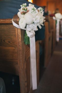 50 best wedding pew decorations and tutorials images on pinterest church pew wedding decoration ideas white stock peonies lisianthus and spray flowers peonies need a water source such as a foam pew clip junglespirit Choice Image