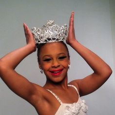 nia frazier - Google search Nia is an amazing dancer and super sweet to the other girls! She is an inspiration!