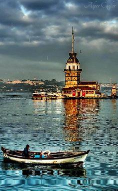 Rejseinspiration til Tyrkiet - Istanbul, Tyrkiet - Turkey Travel Inspiration diy ideer Foto Hdr, Places Around The World, Around The Worlds, Beautiful World, Beautiful Places, Istanbul Travel, Istanbul City, Turkey Travel, Wonders Of The World