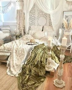 Bohemian Bedroom And Home Decoration Ideas is part of Boho chic bedroom decor - Bohemian Style Bedding, Bohemian Bedroom Decor, Bohemian Apartment, Bohemian Interior, Dream Bedroom, Home Bedroom, Bedroom Interiors, Bedrooms, Modern Bedroom Design
