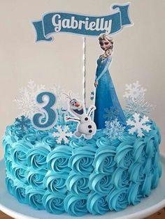 Bolo da Elsa: 80 Modelos Fantásticos Para se Inspirar! Birthday Cakes Girls Kids, Elsa Birthday Cake, Frozen Birthday Theme, 1st Birthday Cake Topper, Frozen Theme Party, Themed Birthday Cakes, Themed Cakes, Frozen Cake Designs, Bolo Elsa