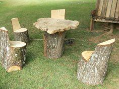 Mesa de centro e banco de tronco