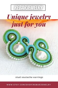 Turquoise-green stud soutache earrings with a pearl, statement small post earrings for women, little colorful everyday earrings. Small stud earrings made with the soutache embroidery technique using green and turquoise-blue soutache braid and seashell pearl. Boho Jewelry, Beaded Jewelry, Unique Jewelry, Soutache Earrings, Women's Earrings, Embroidery Techniques, Victorian Fashion, Braid, Etsy Store