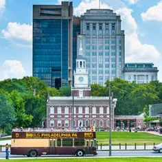 Philadelphia Trolley Works and Big Bus Company Discount Tickets | Philadelphia CityPASS® Attraction