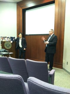 "APSE‏ @APSE_sportmedia: ""Tim Stephens and Wade Kwon talking mobile."" (At the Alabama Sports Hall of Fame in Birmingham)"