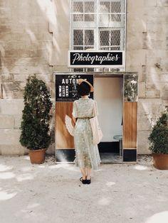 We restore and maintain vintage analog Photobooths in Paris & Prague. 70s Aesthetic, Beige Aesthetic, Aesthetic Images, Summer Aesthetic, Bff Pics, Bff Pictures, Halle Saint Pierre, Couple Goals Teenagers, France