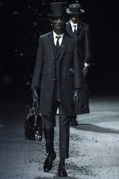 Catwalk photos and all the looks from Thom Browne Autumn/Winter 2015-16 Menswear Paris Fashion Week