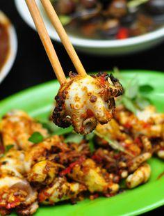 Hanoi street food - Squid grill with satay