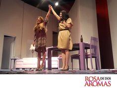 OBRA DE TEATRO, ROSA DE DOS AROMAS. Compartir el escenario con mi amiga Raquel Garza es, todos los días, una gran experiencia. No sólo es trabajar, es disfrutar el momento, reír, aprender y pasar un gran momento. Les esperamos en el Teatro 11 de Julio, todos los sábados y domingos. #CynthiaKlitbo.