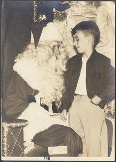 1950s santa claus snapshots | ... Christmas Photo Depatment Store Santa Claus w Tough Boy 033582 | eBay