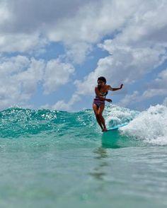show off - @Kelly Teske Goldsworthy Spencer Alvarez Moniz at the #ROXYpro Gold Coast having some fun in her #POPsurf   See more http://www.roxy.com/progoldcoast
