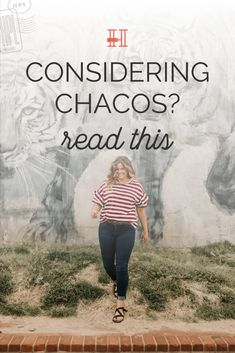 Chacos are a travel shoe that has stood the test of time. If you want a quality travel sandal that won't leave your feet in agony or need to be replaced quickly - this is it! Click to read more! #herpackinglist #travelshoes #shoesfortravel #chacosandals Her Packing List, Dress Up Shoes, Backpack Reviews, Travel Shoes, Packing Light, Travel News, Comfortable Sandals, Staying Alive, Hiking Shoes