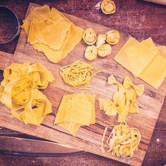 Espaguete, rigatoni... identifique cada tipo de massa Rigatoni, Pasta Party, Snack Recipes, Snacks, Dairy, Chips, Nutrition, Quizzes, Spaghetti