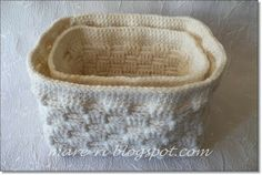crochet basket.....