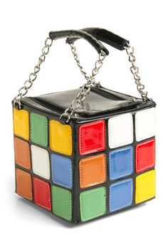 Amazing Rubix-cube inspired purse at ModCloth! Unique Handbags, Unique Purses, Cute Purses, Purses And Bags, Vintage Purses, Vintage Bags, Vintage Shoes, Retro Vintage, Fashion Handbags