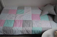 Pled narzuta patchwork na łóżko dla dziecka