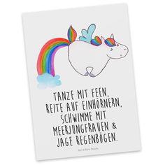"""Postkarte Einhorn Pegasus aus Karton 300 Gramm  weiß - Das Original von Mr. & Mrs. Panda.  Diese wunderschöne Postkarte aus edlem und hochwertigem 300 Gramm Papier wurde matt glänzend bedruckt und wirkt dadurch sehr edel. Natürlich ist sie auch als Geschenkkarte oder Einladungskarte problemlos zu verwenden. Jede unserer Postkarten wird von uns per hand entworfen, gefertigt, verpackt und verschickt.    Über unser Motiv Einhorn Pegasus  Ganz nach dem Motto """"Einen Regenbogen nennt man in…"""