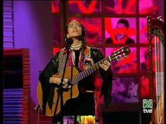 Lila Downs canta Paloma negra