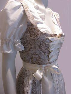 Dirndl & Trachtenkleider -  ♥ ♥ ♥ Hochzeitsdirndl ♥ ♥ ♥ Gr.36/38 - ein Designerstück von Schoene-Maid bei DaWanda