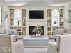 Living Tv, My Living Room, Home And Living, Living Room Furniture, Living Room Decor, Living Spaces, Fancy Living Rooms, Southern Living Rooms, Kitchen Living