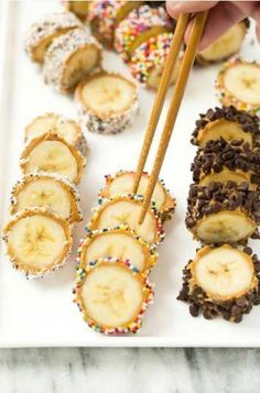 Banana sushi takes 5 minutes to make start to finish and make a great healthy snack or dessert (or breakfast in a pinch!) for your whole crew. snacks, Banana sushi takes 5 minutes Sushi Recipes, Baby Food Recipes, Snack Recipes, Dessert Recipes, Kid Recipes, Easy Recipes For Kids, Kids Cooking Recipes, Banana Recipes For Kids, Cooking For Kids