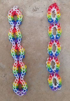 Another one of my takes on Christina Giradi's Open Oval pattern. Can't go wrong with rainbow colors - Image only Loom Band Patterns, Rainbow Loom Patterns, Rainbow Loom Creations, Rainbow Loom Bands, Rainbow Loom Bracelets, Loom Love, Fun Loom, Loom Band Bracelets, Bracelet Crafts