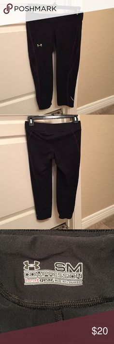 Under Armor Compression Gear Capri size S Gently used. Some pilling around waist but nothing major. Black with purple stripes. 92% polyester 8% elastane. Very soft. Under Armour Pants Leggings