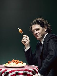 Hollywood is calling chef to the stars Marco Pierre White Italian Chef, Italian Recipes, Chef Recipes, Chef Marco Pierre White, White Restaurant, Masterchef Australia, Nigel Slater, Tv Chefs, Cookery Books