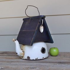 Vintage Enamel Tea Kettle Birdhouse, Recycled Tea Kettle, Whimsical ...990 x 998 | 162.8KB | www.etsy.com