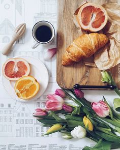 10 тыс. отметок «Нравится», 41 комментариев — Justyna Niko (@_justynaniko_) в Instagram: «2 favorite things. Coffee & flowers  Have a great afternoon!…»