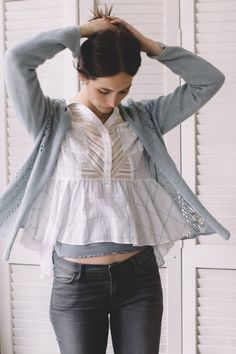 buckley cardi by michele wang / in quince & co. sparrow, color surf