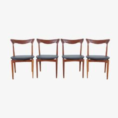 Teak Dining Chairs by Henry Walter Klein for Bramin, Set of 4 for Shop with global insured delivery at Pamono.