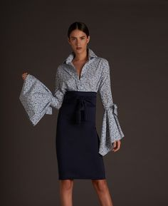 Blouse by Silvia Tcherassi Vestidos Halter, Estilo Fashion, Business Dresses, Beautiful Blouses, Vogue Fashion, Elegant Outfit, Outdoor Outfit, Office Fashion, Look Chic