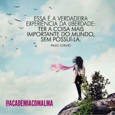 regram @academiacomalma  Um dia proveitoso e feliz a todos os espíritos imortais e amigos da @academiacomalma.  ( #ThallesMello) #bomdia #bonstreinos