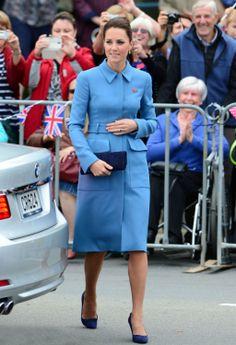 Kate Middleton en su royal tour por Nueva Zelanda - Abrigo de Alexander McQuenn