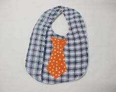 Men's dress shirt reused for a baby tie bib Baby Tie, Baby Boy Bibs, Burlap Christmas Stockings, Boys Ties, Baby Nest, Pocket Square, Cute Shirts, Baby Gifts, Baby Shoes