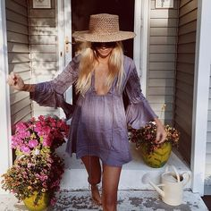 WEBSTA @ the_salty_blonde - My casual watering the plants outfit.