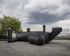shelter-architecture-black-inflatable-installation-pvc-bureau-a_dezeen_2364_col_5