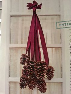 Another idea: Decorating with Pinecones