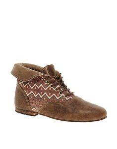 Osborn Flat Foldover Tan Lace Ankle Boots