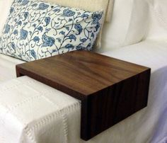 9 delightful wooden arm rest images holz couches holzarbeiten rh pinterest de