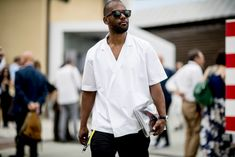 The best street style from Pitti Uomo 94 Tokyo Fashion, Cool Street Fashion, Street Style, Kimono Fashion, African Men Fashion, Mens Fashion, Outdoor Men, Men's Wardrobe, Black White Fashion