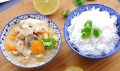 Blanquette de poulet légère Weight Watchers, recette d'un délicieux plat complet de poulet aux carottes et aux poireaux nappé d'une sauce onctueuse