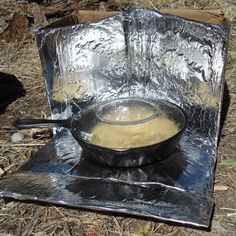 the obvious observer: the best DIY sun oven design Solar Oven Diy, Diy Solar, Oven Design, Solar Cooker, Emergency Preparation, Emergency Preparedness, Building For Kids, Sustainable Energy, Oven Cooking