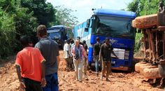 Lady Bev walks through the carnage, unscathed by the #mud! (Photo from Passenger Ian Grieve) #Guinea #Overlanding
