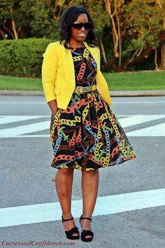 Spring/Summer Outfit Yellow cropped blazer and Eshakti chain link dress Love this look! Classy and chic Curvy Girl Fashion, Work Fashion, Plus Size Fashion, Womens Fashion, Fashion Black, Work Looks, Looks Cool, Curves And Confidence, Look Office