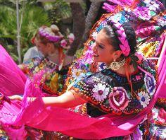 Dancing in Mexico http://www.CareerFlexibility.Rocks