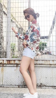Sofia Andres Anne Curtis, Filipina, Girl Crushes, Teen Fashion, Stylish Outfits, White Shorts, Fashion Inspiration, Eggs, Ootd