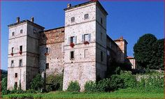 Castle of Saliceto Originally strictly military: it was surrounded by a moat and a drawbridge, later replaced by a stone ramp. Towards the end of the fifteenth it was  transformed into a luxury residence for nobles.