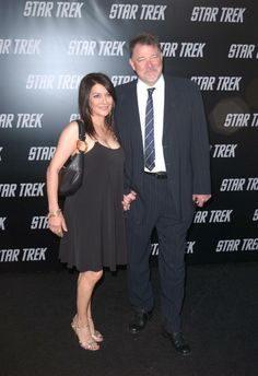 Jonathan Frakes  Marina Sirtis Star Trek Actors, Star Trek Cast, Star Trek Characters, Star Trek Generations, Stark Trek, Deanna Troi, Jonathan Frakes, Marina Sirtis, Sci Fi Tv Shows